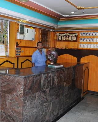 Sri Vijaya Lodge A/C