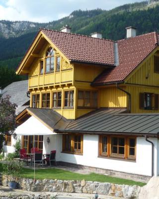 Apartment Schloemicher Leopold und Birgitt
