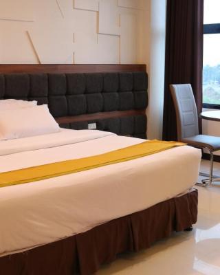 Amaris Suites