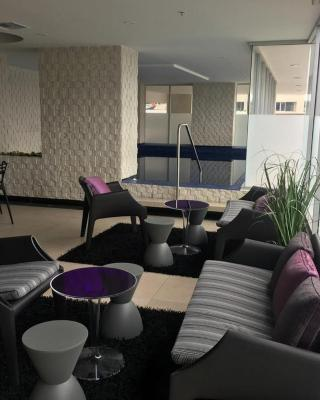 Quo Luxury Apartment