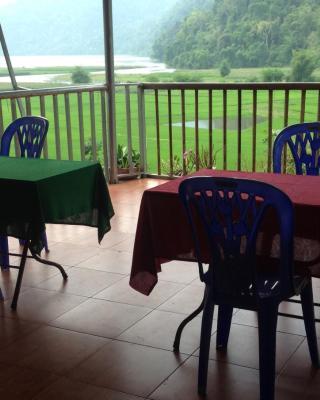 Ba Be Lake Homestay - Quynh Chi