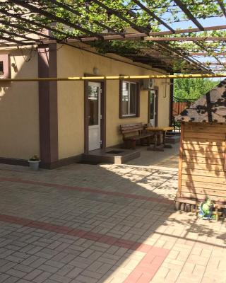 Guesthouse on Psekupskaya 7