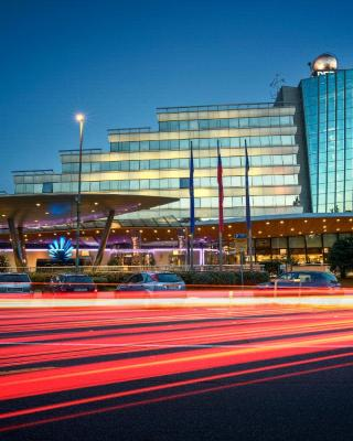 Perla Hotel & Casino
