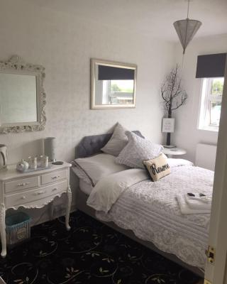 Southend Airport Bed & Breakfast