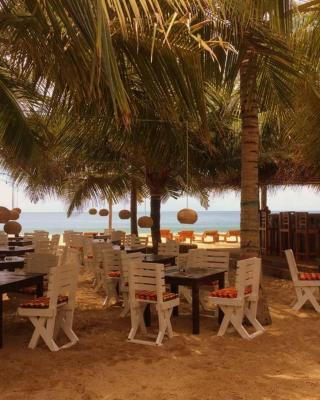 Friends Indeed, Beach Restaurant & Guest houses
