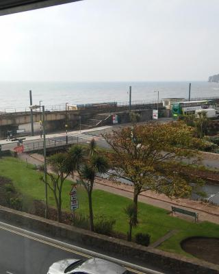 Dawlish Sea View Apartment