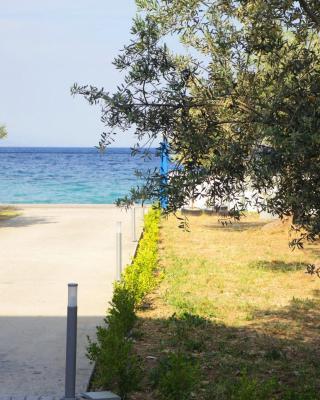 Amalfi Apartments B