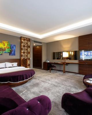 Gold Majesty Hotel