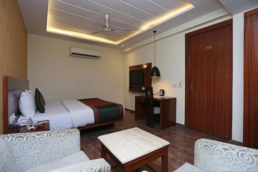 Hotel Lohias Delhi Airport