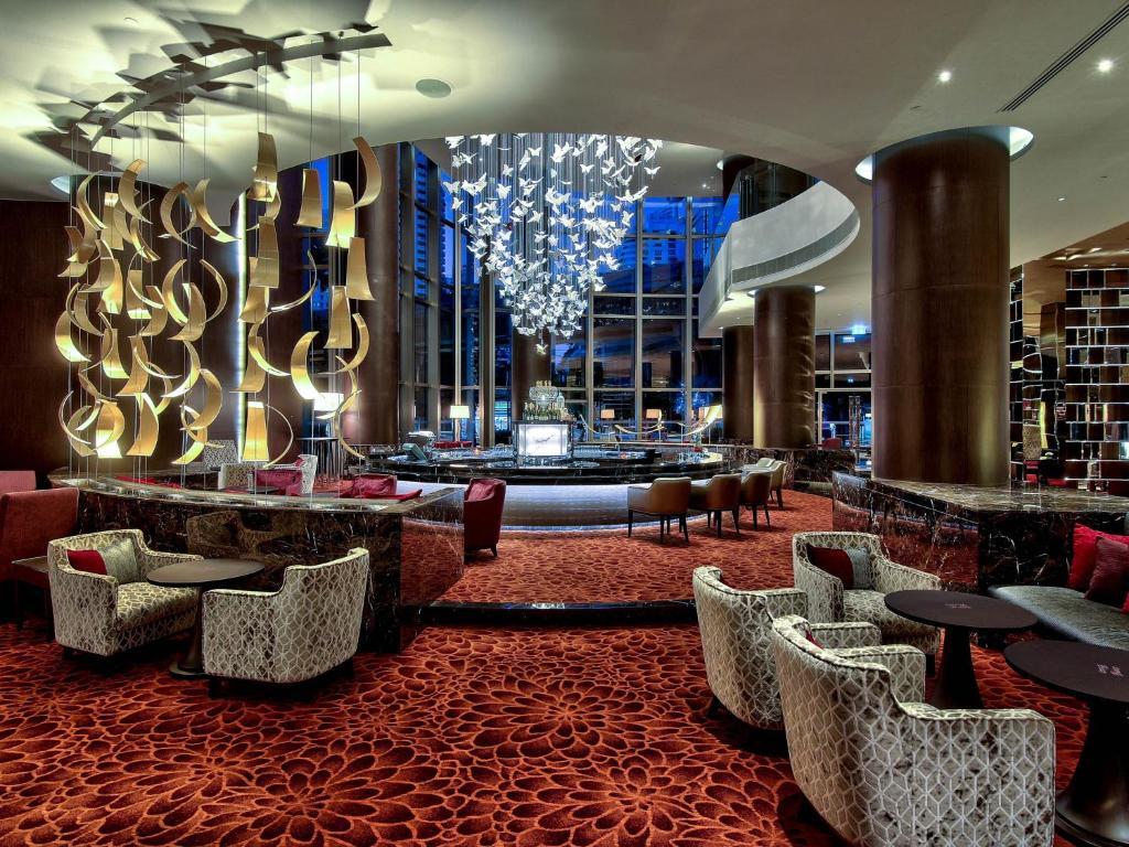 لابی هتل رادیسون بلو پلازای بانکوک