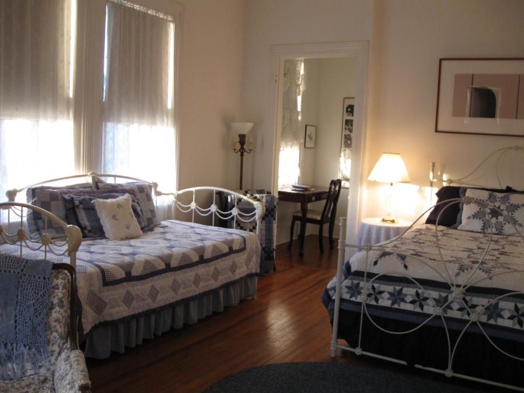 Pensacola Victorian Bed & Breakfast