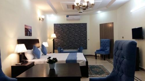 Best Western Hotel lahore is located on fane road upper Mall Lahore.