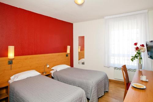les 10 meilleurs appart 39 h tels saint tienne france. Black Bedroom Furniture Sets. Home Design Ideas
