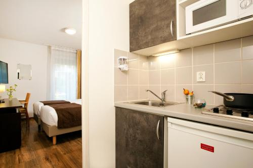 Reserve This Serviced Apartment Description For A11y