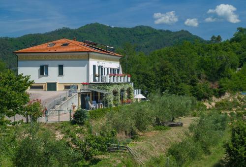 I 10 Migliori Hotel con Piscina di La Spezia, Italia   Booking.com