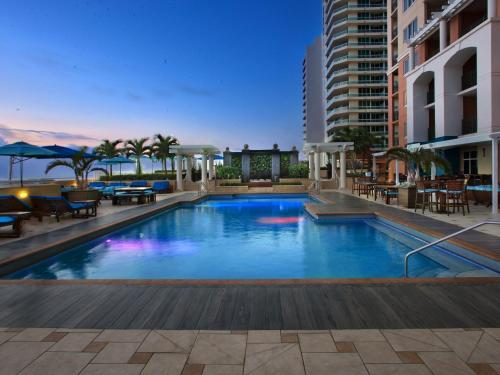 Marriott S Beach Place Towers