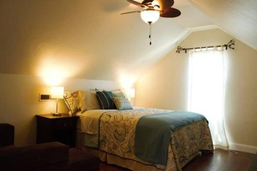 Dulce Domum Bed and Breakfast
