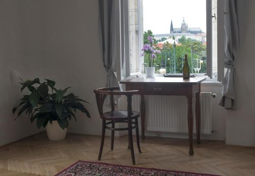 150m2 Lux. Flat - Castle View, Breakfast incl.