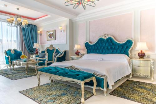 Phoenicia Royal Hotel