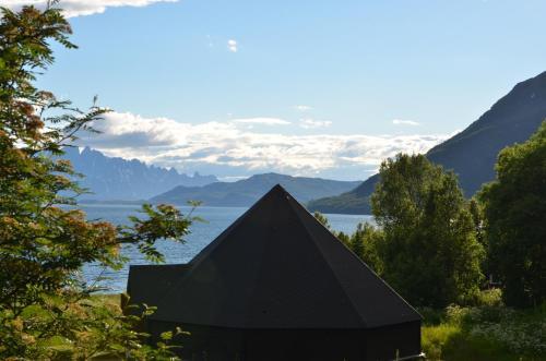 Arctic FjordCamp