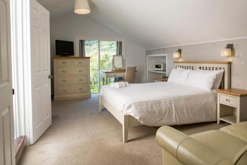 Soar Mill Cove Hotel