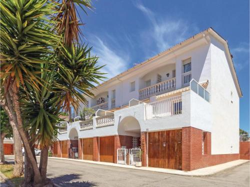Description for a11y. Three-Bedroom Holiday Home in Santa Susanna