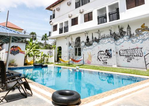 Pool Party Hostel