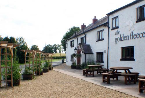 The Golden Fleece Inn