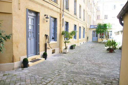 Booking Com Hotels In Versailles Book Your Hotel Now