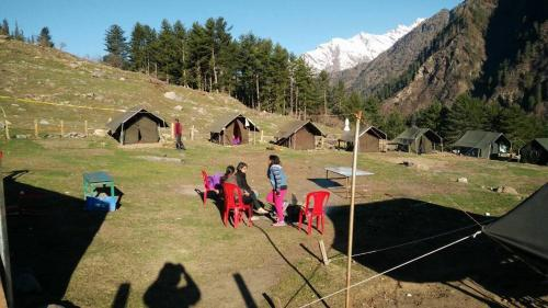 Kheer Ganga Trekking camps