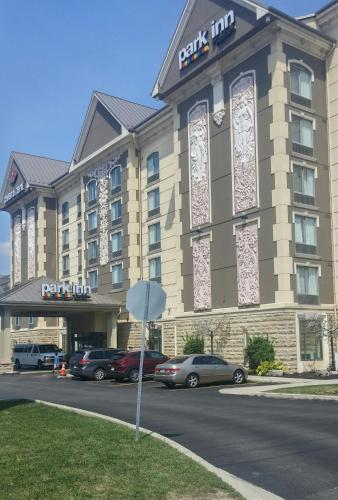 Park Inn by Radisson Toronto Airport West