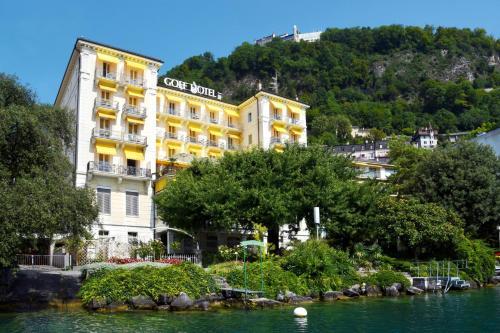 Golf Hotel René Capt