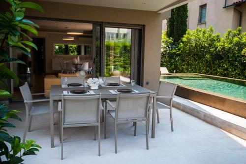 Elaia Luxury Apartments Glyfada