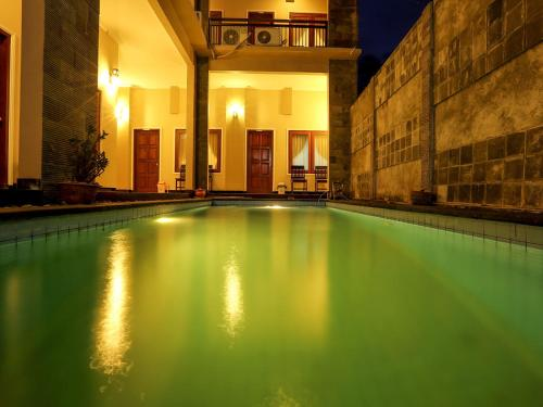 Shore Bar Hotel Lombok