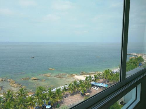 Bangsaen Royal Beach