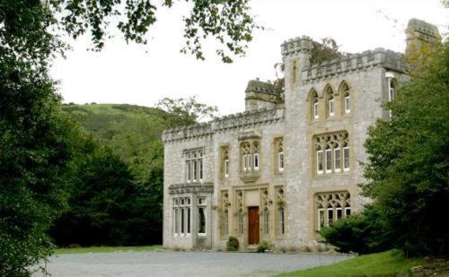 Ffarm Country House