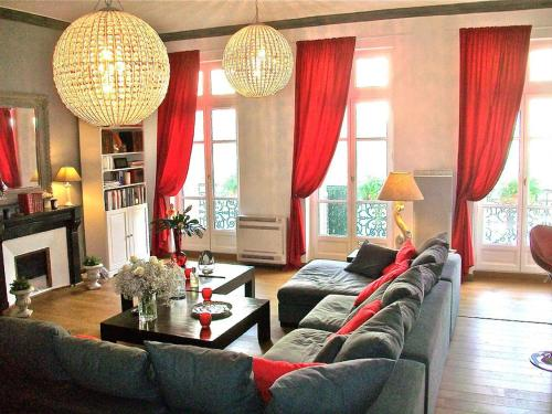 Luxury Rental Marseille Imperial - Rue de la République