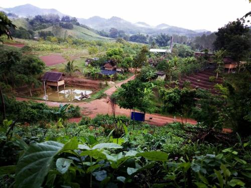 Huai Hin Dam Traditional Farm Stay