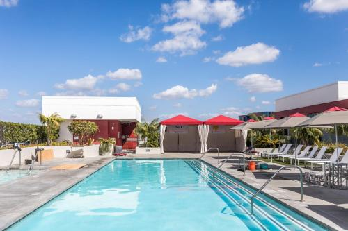 Downtown L.A. Resort Comfort Life and 4Beds