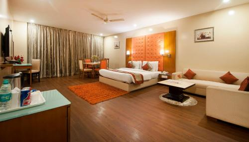Airport Hotel Ramhan Palace