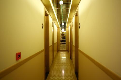 Xenious IC's Hotel