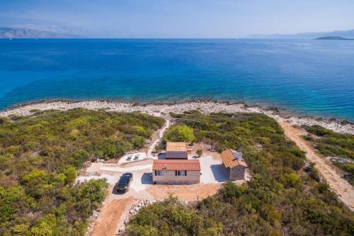 Private Bay Residence