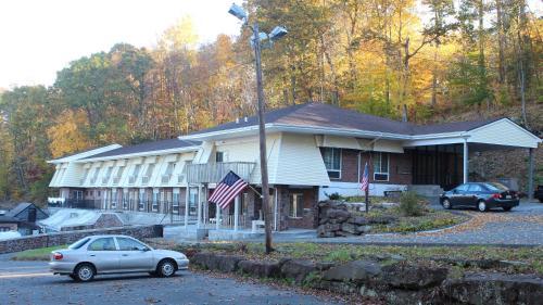 Passport Inn and Suites