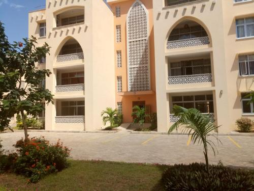 Oyana Apartments