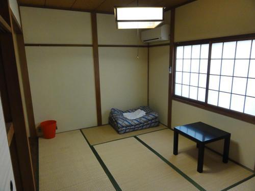 Nakazakicho House
