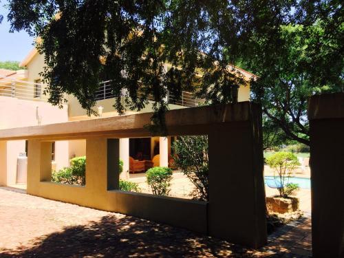 La Moreti House