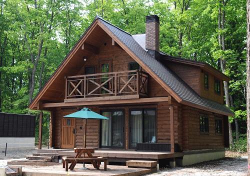 Log Cottage Epoch