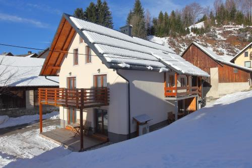 Apartments Planica
