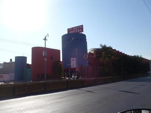 Auto Hotel Rosso