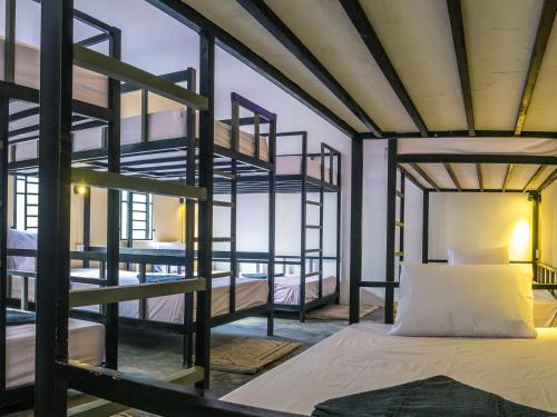 Aura Hostel & Bar Siem Reap